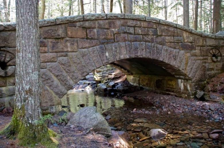 Endurance-Hike-bridge-by-Lijsbet