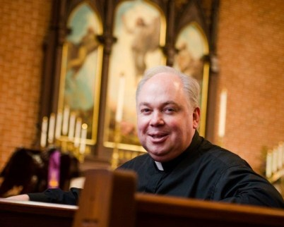 Father Elliott Robertson at Martini Lutheran Church - The Wyneken Project