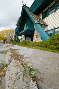 The headquarters of the Bridger-Teton National Forest in Jackson stands abandoned as the agency tries to sell part of its administrative property there to fund an new building. (Angus M Thueremer Jr/WyoFile)