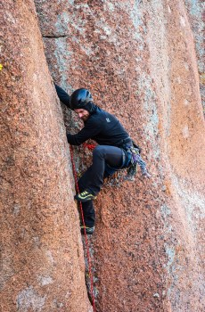 Join Wyoming Mountain Guides for an intro to trad climbing course to develop your traditional and crack climbing skillsets and explore the beautiful granite monoliths of southeastern Wyoming!