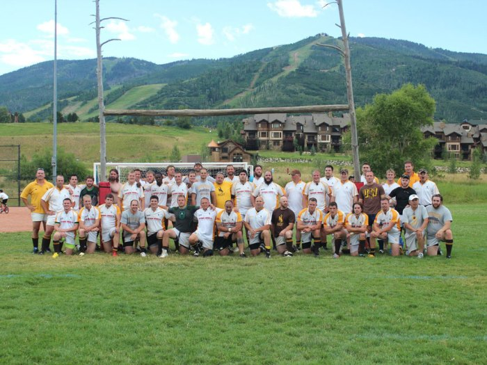 wyoming-alumni-group-photo-v1