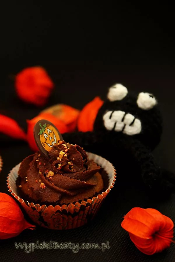 czekoladowe babeczki halloweenowe4