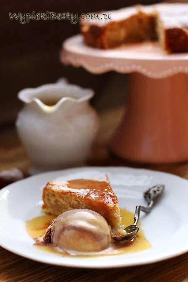 z gruszkami i sosem waniliowym2