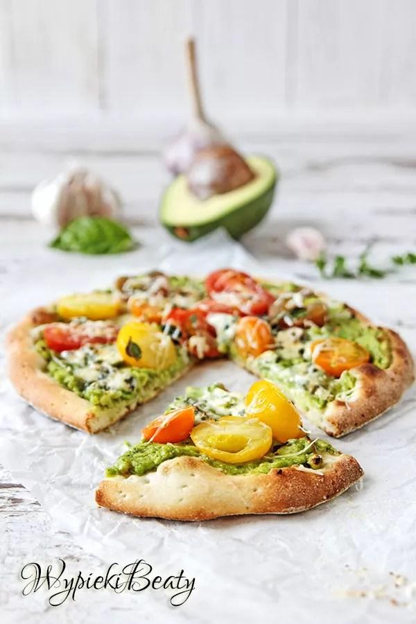 pizza z sosem awokado_9