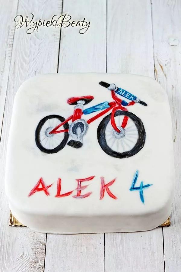 tort z rowerem 1