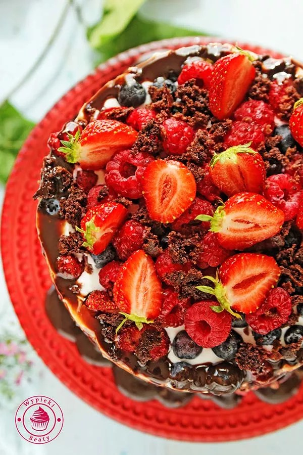 dietetyczne ciasto czekoladowe z owocami 4