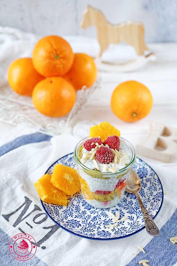 pudding chia z jogurtem