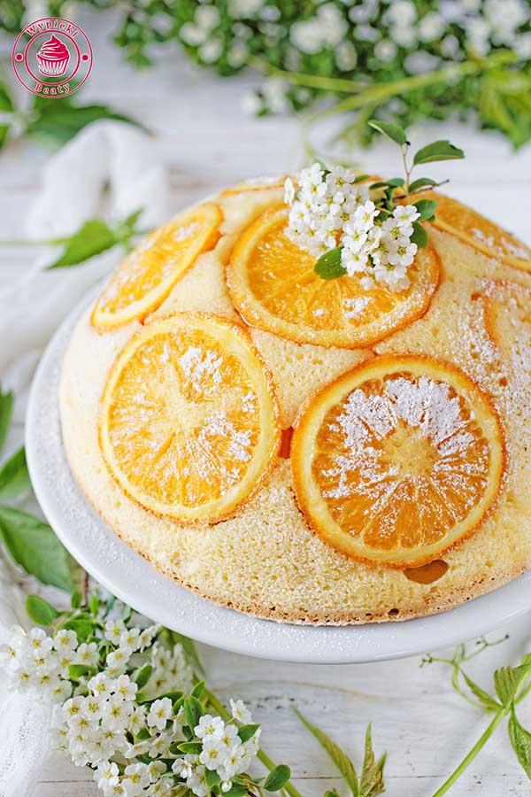 pomarańczowy sernik japoński