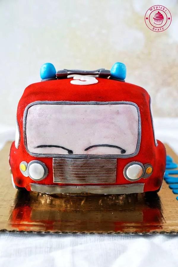 tort samochód dla chłopca