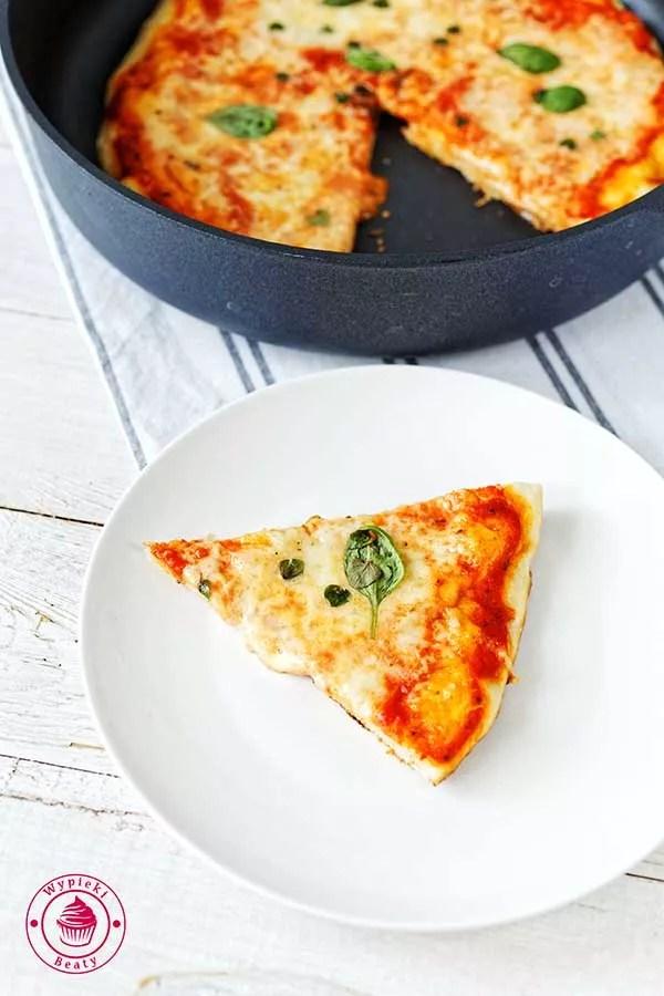 pizza robiona na patelni