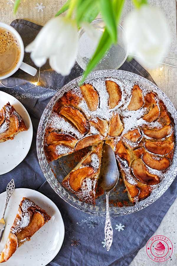 proste ciasto z jabłkami