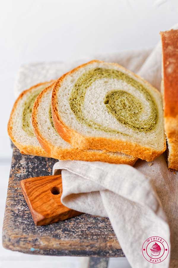 chleb dwukolorowy