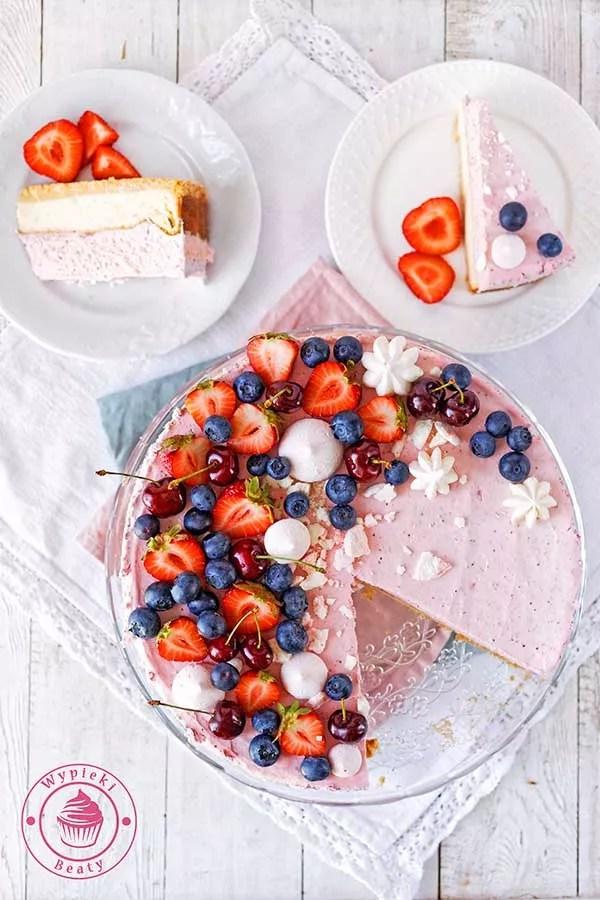 sernik truskawkowy