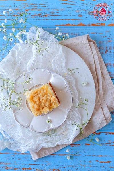 ciasto z budyniem i kruszonką