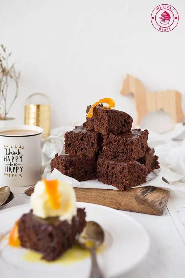 ciasto czekoladowe z ciecierzycą