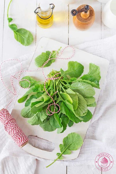 pesto z liści rzodkiewki
