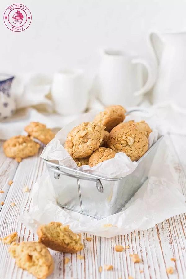 ciasteczka z orzechami ziemnymi