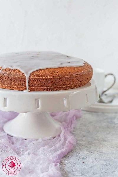 proste ciasto z lukrem i dżemem