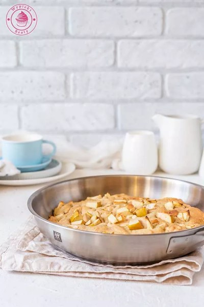 ciastka z patelni z jabłkami i orzechami