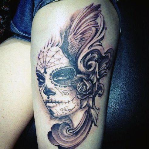 Tatuaże Dla Dziewczyn Na Udzie Blog Z Tatuażami