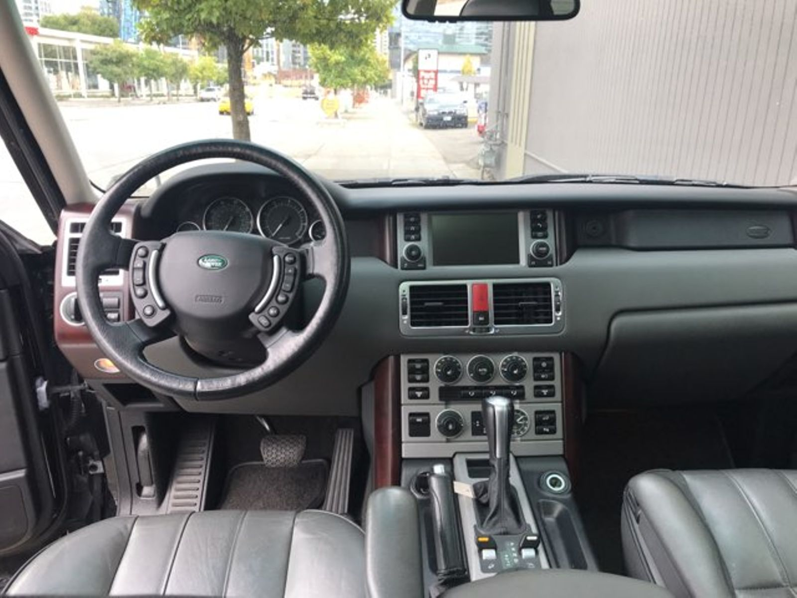 2006 Land Rover Range Rover HSE 4 Wheel Drive Luxury Package Local