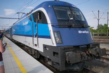 Railjet (レイルジェット) RJ79 (ブルノ → ウィーン) 2ndクラス乗車記
