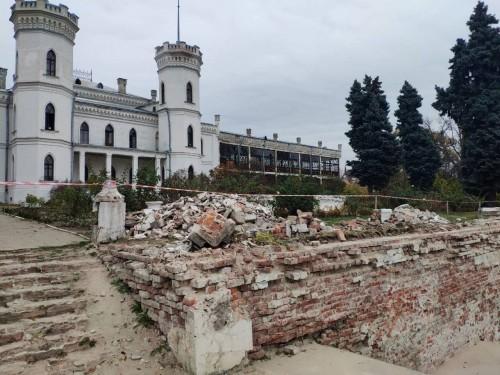 Реконструкція Шарівського замку йде повним ходом!