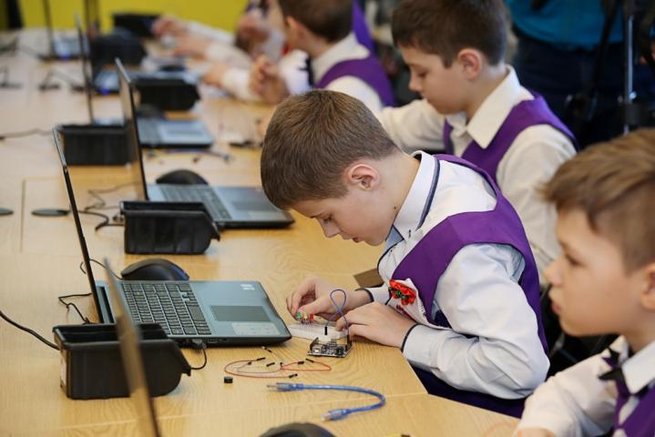 На Харківщині запрацював перший клас робототехніки