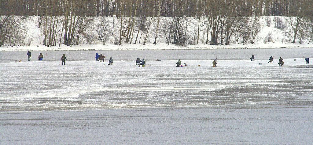 Рятувальники попереджають про небезпеку на замерзлих водоймах