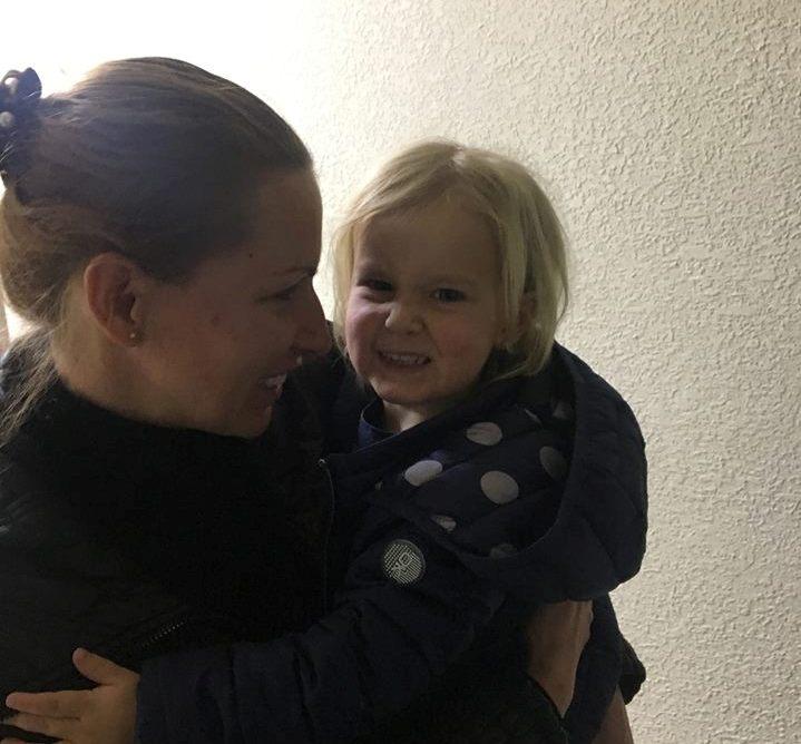 Викрадену дівчинку повернули матері