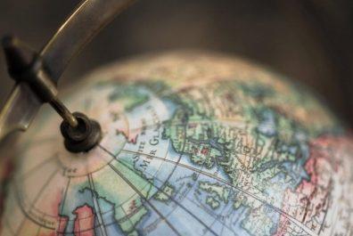 globus-makro-fon-5262