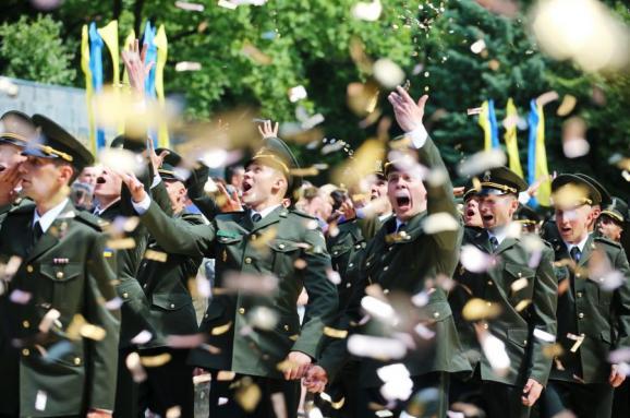 У військовому виші прокоментували скандал навколо пісні російського виконавця