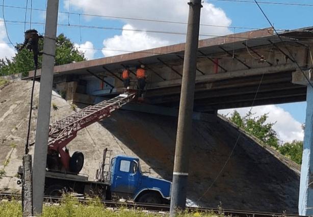 У Лозівському та Балаклійському районах ремонтують мости
