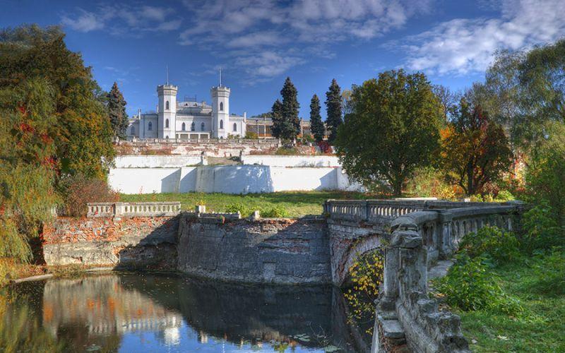 В області тривають роботи з відновлення Шарівського палацу