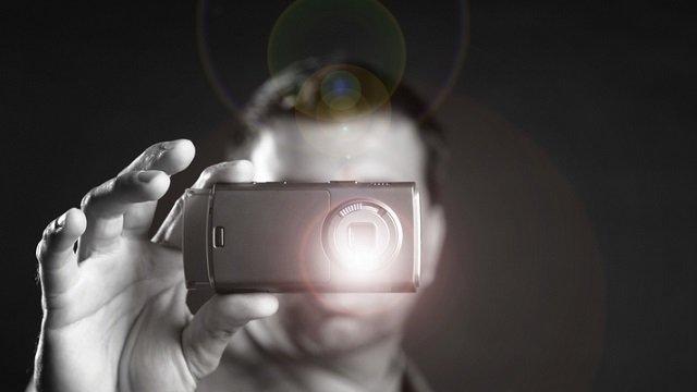 Знімав на телефон загибель людини: Поліція відкрила кримінальне провадження