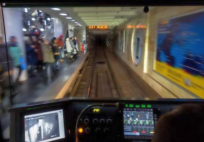 Харківське метро запрошує на роботу машиністів
