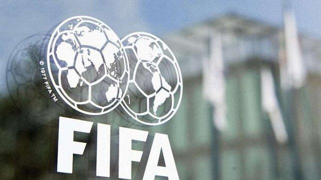ФІФА безстроково продовжить поточний футбольний сезон