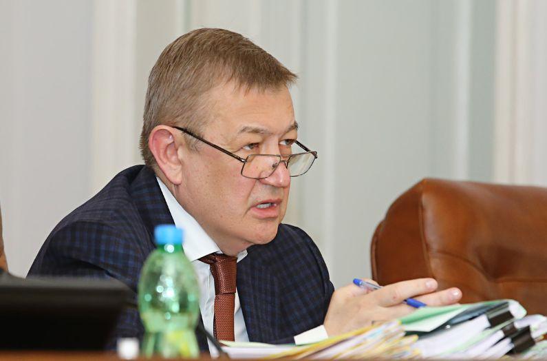 Сергій Чернов: Виплачується фінансова допомога медикам, які захворіли на COVID-19, виконуючи свої професійні обов'язки