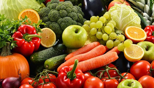 Ціни на сезонні овочі та ягоди будуть знижуватися