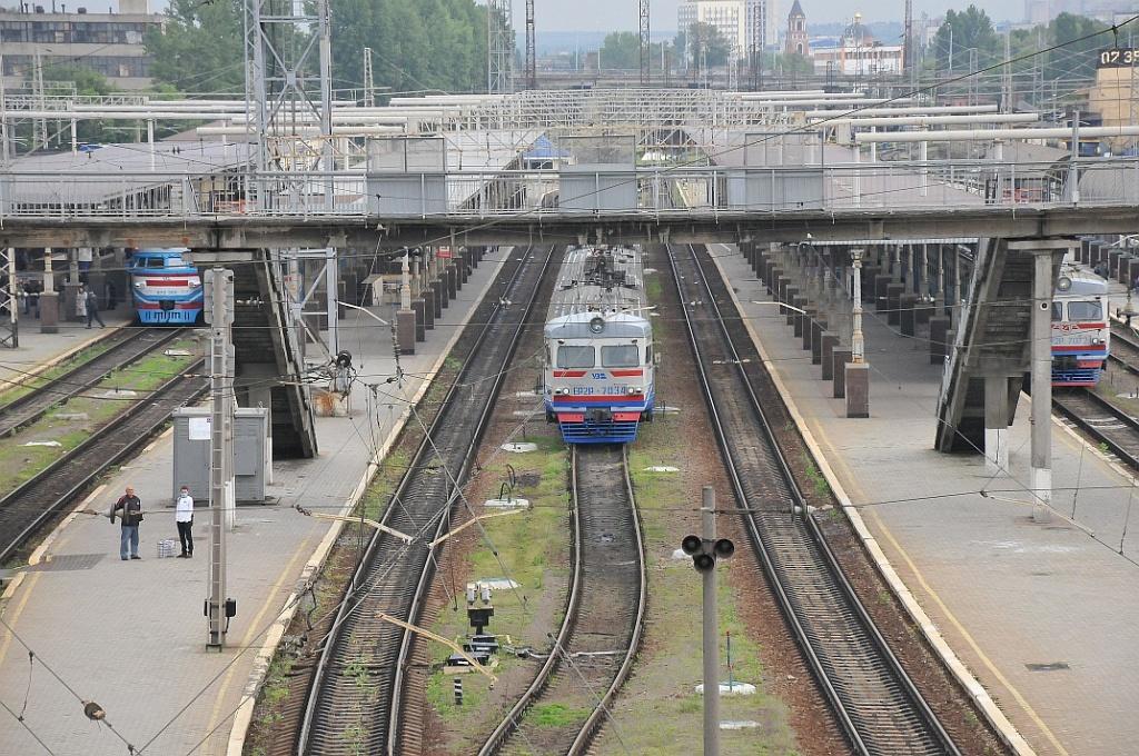Південна залізниця відновлює рух 23 приміських поїздів