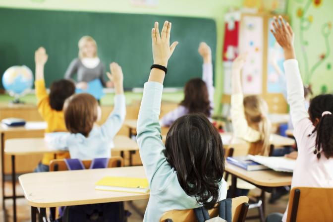 МОН не планує переводити школи на дистанційне навчання