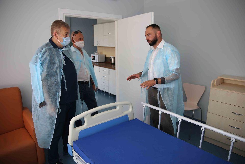 Сергій Чернов відвідав первомайську лікарню
