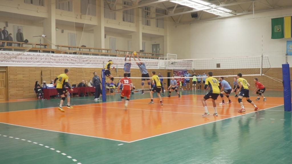 У Харкові відбулося чоловіче волейбольне «дербі»