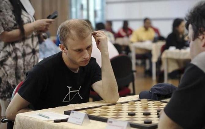 Харків'янин став чемпіоном світу з шашок-100