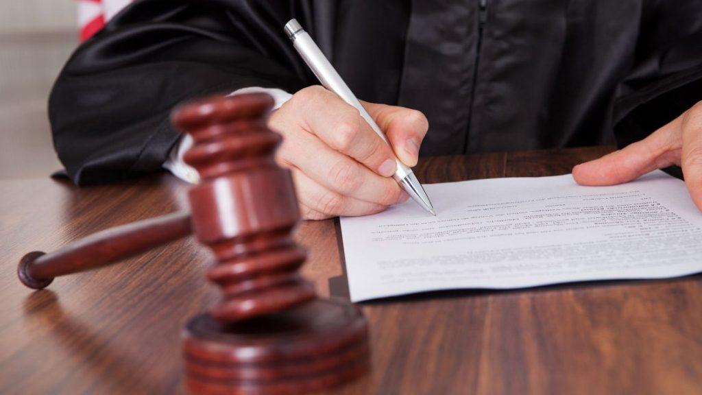 На Харківщині засудили чоловіка за зґвалтування неповнолітньої