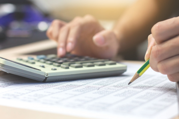 Харків'яни сплатили до бюджету України майже 32,9 млрд грн податків