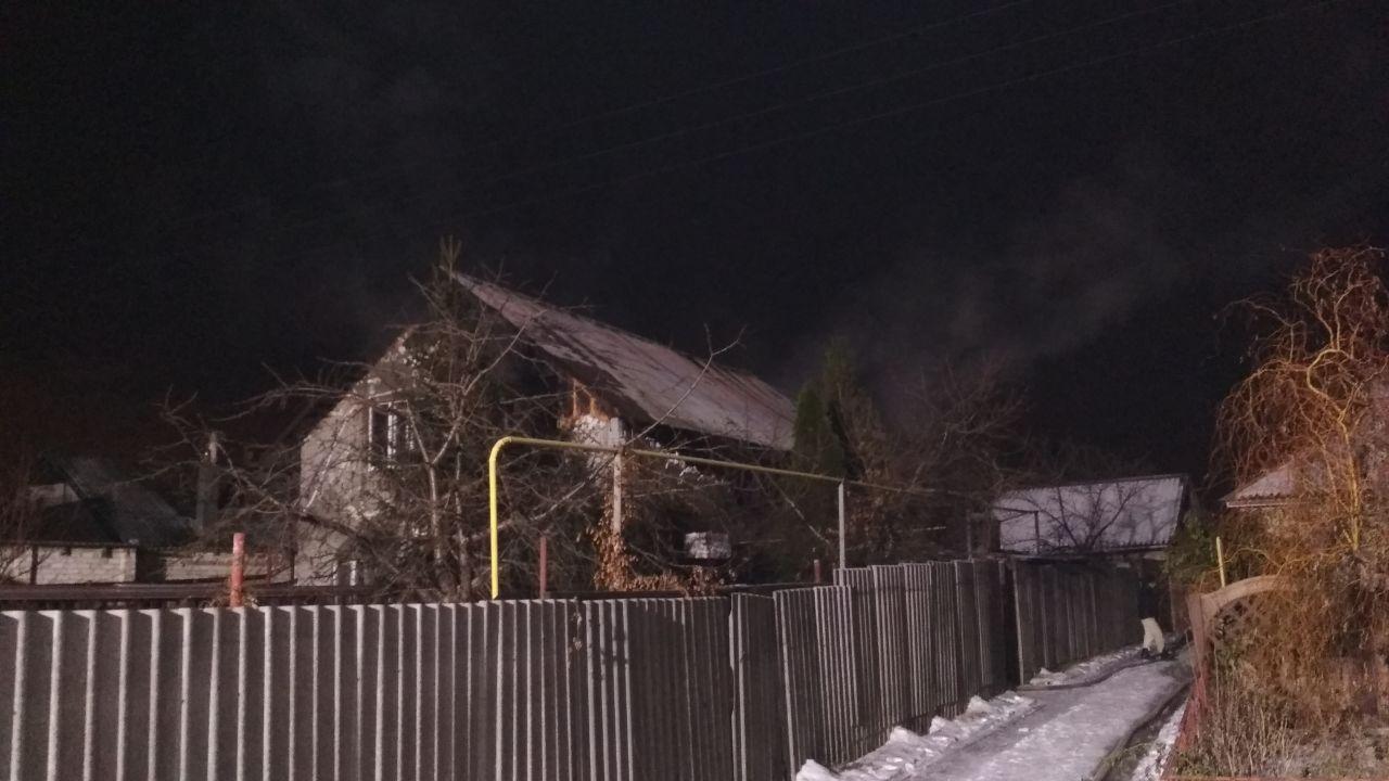 У Харківському районі пожежа знищила приватний будинок