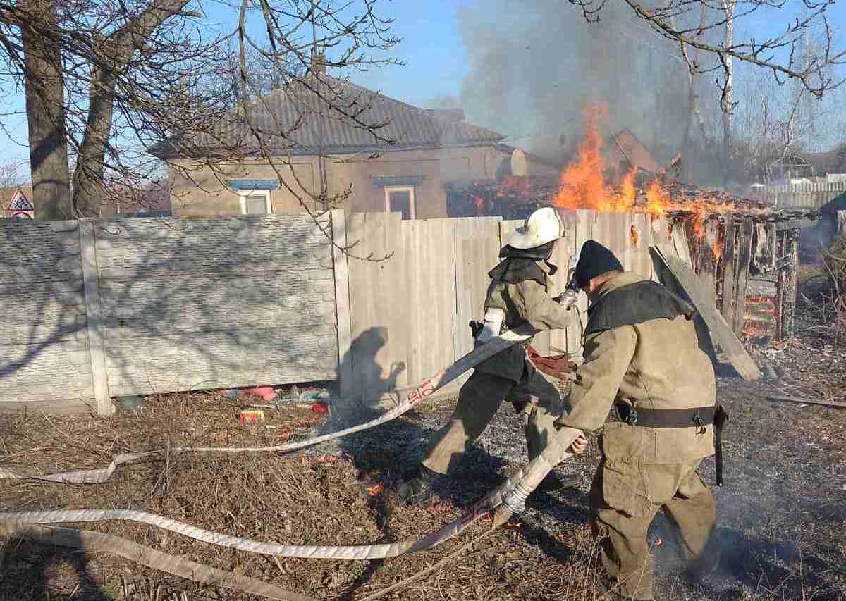 Протягом тижня рятувальники загасили 144 пожежі