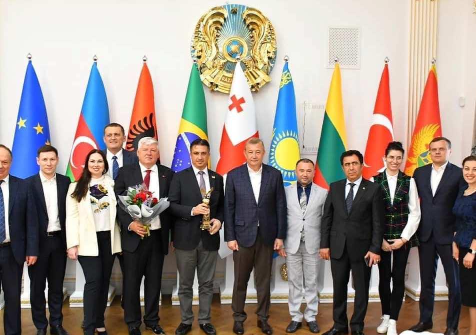 Сергій Чернов зустрівся с послом Туреччини у Харківському Дипломатичному клубі