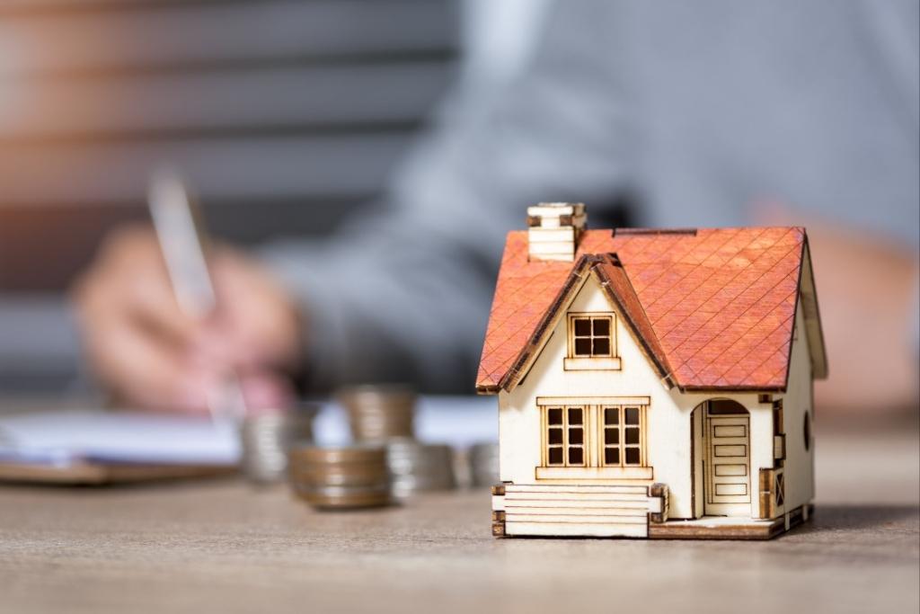 Триває період переоформлення субсидій на житлово-комунальні послуги